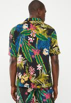 STYLE REPUBLIC - Fern bowler shirt - multi