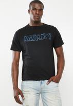 STYLE REPUBLIC - Reality tee - black