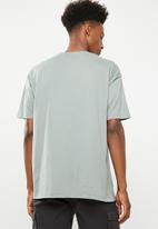 Superbalist - Printed loose fit tee - green
