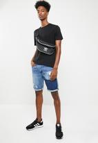 Superbalist - Crew neck short sleeve tee 2 pack - black & blue