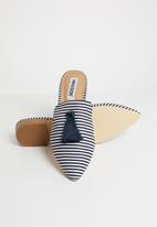 Madison® - Caridee - navy & white