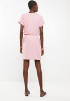 Vero Moda - Rebecca shorter length dress - pink