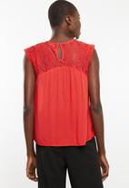 ONLY - Karmen lace top - red