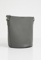 Vero Moda - Vera bucket bag - grey