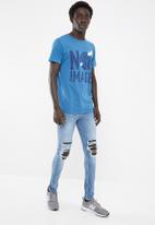 New Look - Jack busted knee jeans - blue