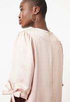 Superbalist - Puff sleeve detail dress - beige