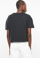 Superbalist - Drop shoulder printed tee - black