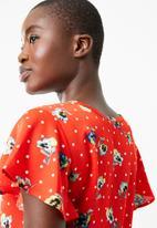 Superbalist - Flutter sleeve blouse - multi