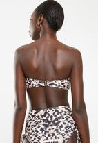 South Beach  - Highneck ruched ring detail bikini top - black & pink