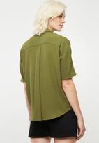 Superbalist - Georgette boxy shirt - olive