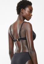 Jacqueline - Fuller cup bella bikini top - black