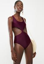 Lithe - Front knot one piece - burgundy