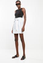Superbalist - 2 pack high neck bodysuit - black & white
