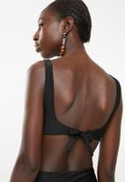 Lithe - Front knot one piece - black