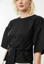 Superbalist - Poplin blouse with bow - black