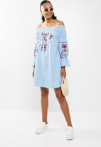 STYLE REPUBLIC - Embroided paperbag bardot dress - blue