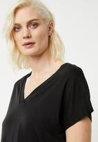 Superbalist - Slub v-neck tee - black