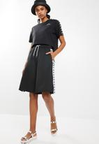 KAPPA - Banda shorts - black