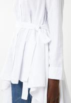 STYLE REPUBLIC - High low linen look maxi shirt - white