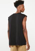Brave Soul - Varley vest - black