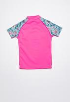 Rip Curl - Summerland basic short sleeve rashvest - pink