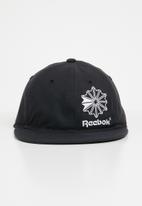 Reebok Classic - Iconic taping cap - black