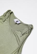Rebel Republic - Dress with shoulder detail - khaki