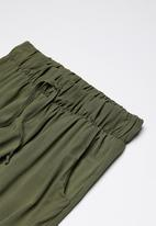 Rebel Republic - Printed pants - khaki