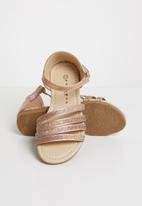Rock & Co. - Dinkley sandal - gold