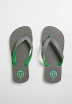 World Tribe - Ultimate boys youth flip flop - grey