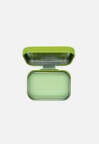 W7 Cosmetics - Fruity Lip Balm Tin - Atomic Apple