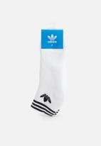 adidas Originals - Trefoil liner ankle socks 3 pack - white