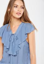 Cotton On - Lana lace up ruffle top - blue
