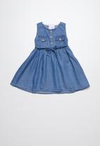 POP CANDY - Denim sleeveless dress with button up closure - blue