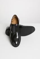 Base London - Nova hi shine leather - black