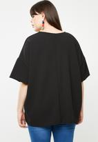 STYLE REPUBLIC PLUS - Oversized T-shirt - black