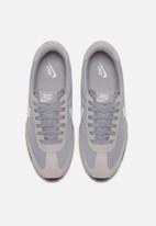 Nike - Oceania Textile - wolf grey, white - pure platinum