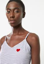 New Look - Heart stripe short set - white & red