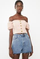 STYLE REPUBLIC - Front button bardot top - pink