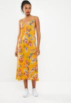 Superbalist - Strappy floral printed midi dress - yellow