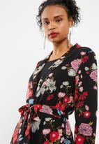 Jacqueline de Yong - Edwind blazer - black