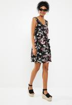 Jacqueline de Yong - Barbera sleeveless dress - black