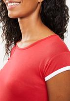 edit Maternity - Contrast gauged top - red