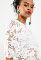 Jacqueline de Yong - Juan short sleeve lace top - white
