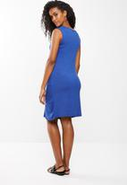 edit Maternity - Knot detail maternity dress - blue