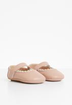 POP CANDY - Scallop edge Mary Jane pump - pink