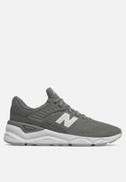 New Balance  - X90 Quilted Mesh - Grey