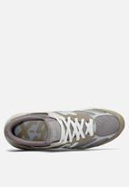 New Balance  - X90 Reconstructed - Light Grey