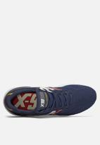 New Balance  - X90 Engineered Knit - Navy