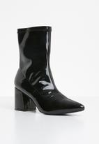 Missguided - Mid heel sock boot patent - black
